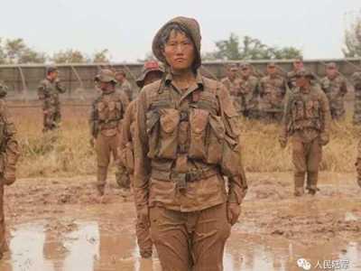 女兵图片 她们是女兵也是女孩