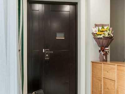 门框和门不一样的颜色 入户防盗门套要和室内门框颜色一致吗