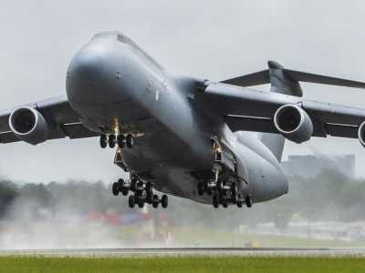 c5运输机 美军升级战略运输机C5中国该如何升级运20