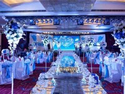 婚宴现场布置 为你打造高端大气的婚礼