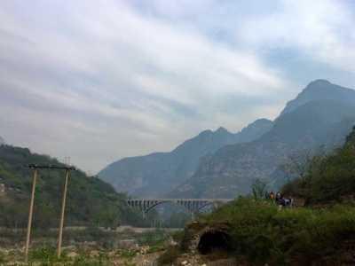 河南沁阳封门村 垃圾堆成山——徒步封门村