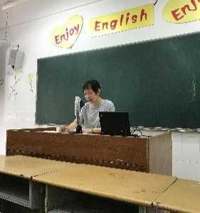 现在步入了初三的英语 新学期初三英语备课组第一次备课研讨活动
